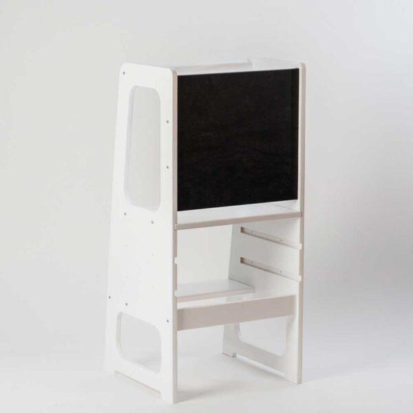 torre de aprendizaje montessori blanca de 3 niveles con pizarron